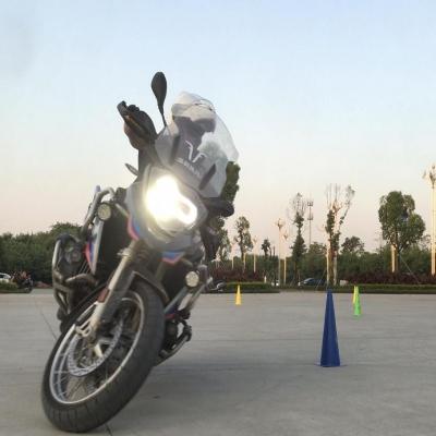 摩托金卡纳(Moto Gymkhana)简说